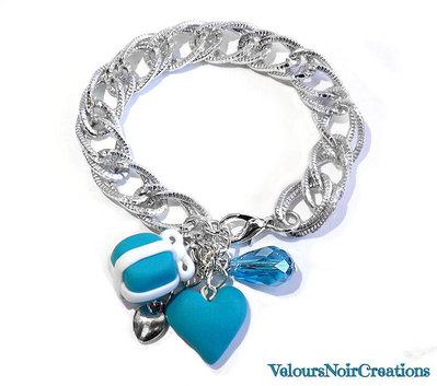 Bracciale con cuore e scatolino azzurro creati a mano in fimo