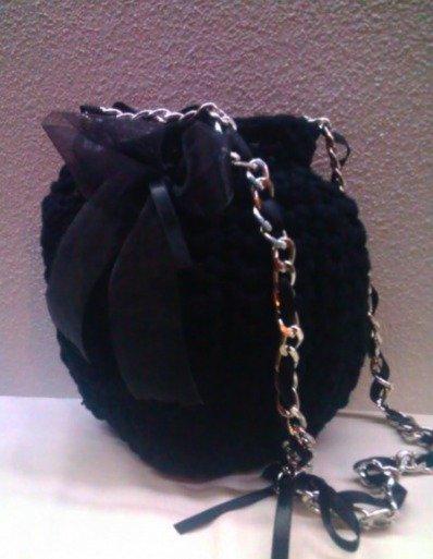 hand black bomb