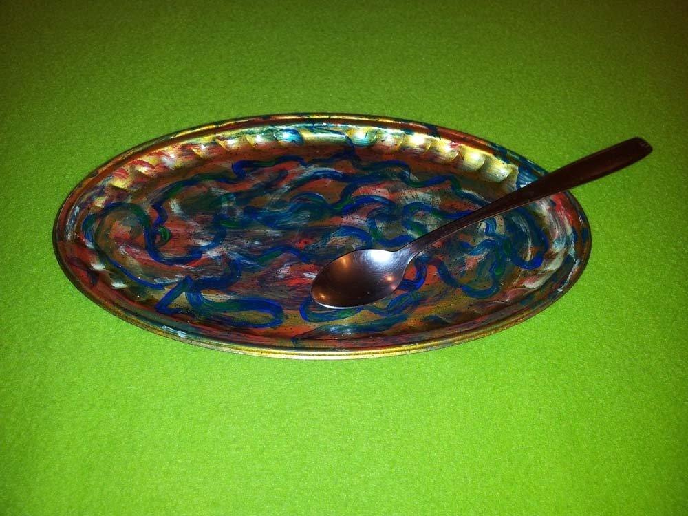 vassoio  di metallo dipinto