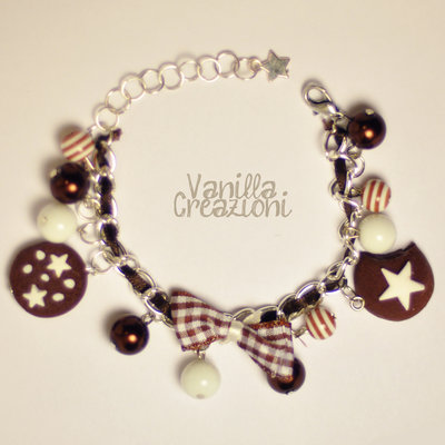 "Bracciale Charms in fimo e perle cerate - ""Pan di stelle e Mooncake"" inspired"