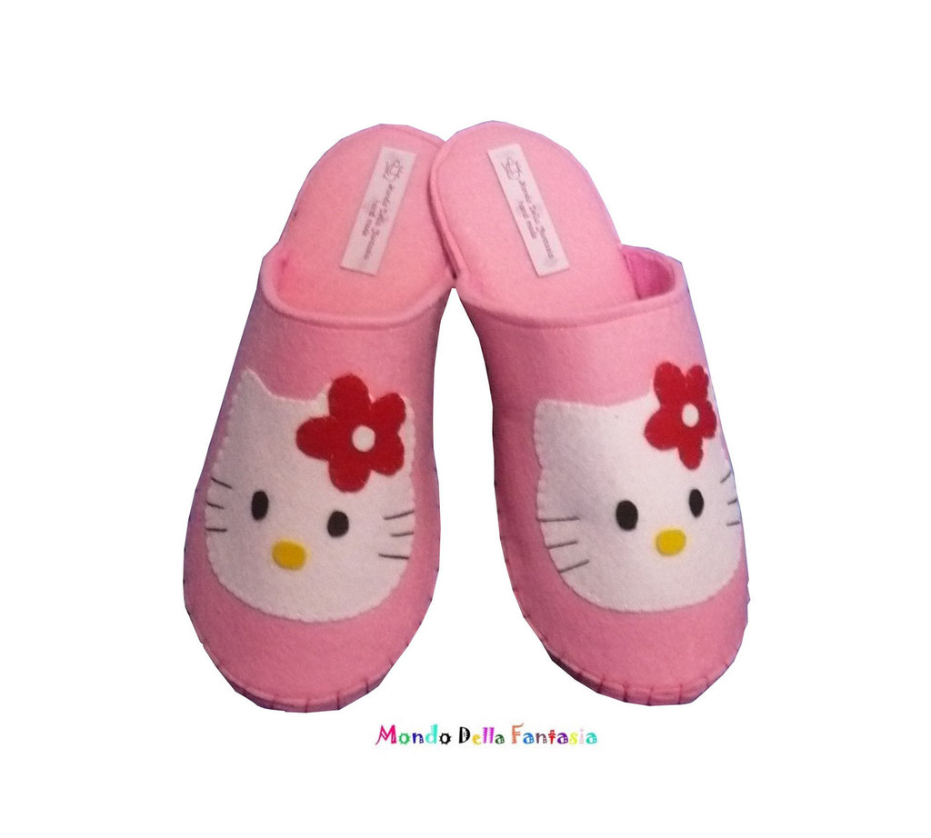 "Pantofole in feltro fatte a mano ""Hello Kitty"""