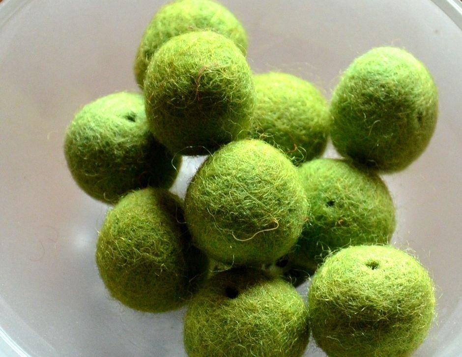 Perline in feltro verde