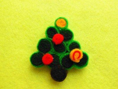Spilla 'Albero di Natale in feltro'