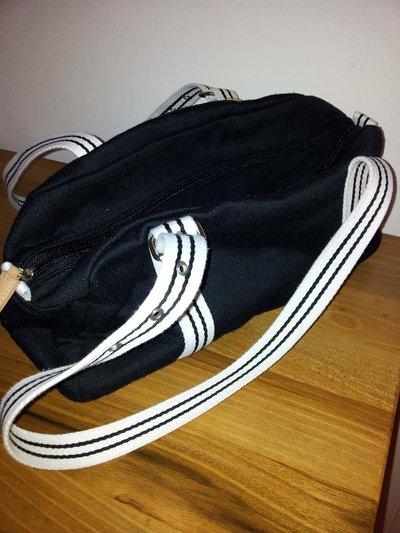 borsetta di stoffa  bianca e nera