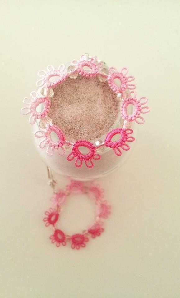 orecchini a chiacchierino, in rosa, con cristalli