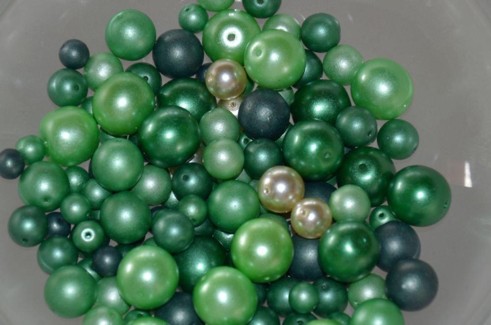Perle mix forme tonalità verde