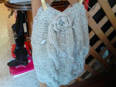 borsa lana con manici di legno