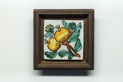 Bellissimo quadretto in ceramica dipinto a mano, tecnica Cuerda seca ed il lustro. Ottimo regalo. possibile in composizione.