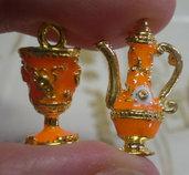 5 Ciondoli Teiere e Bicchieri in metallo dorato smaltato ARANCIONE