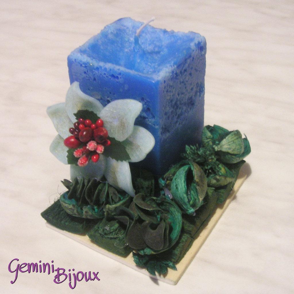 Candela rustica blu con decorazioni fimo e pot pourri