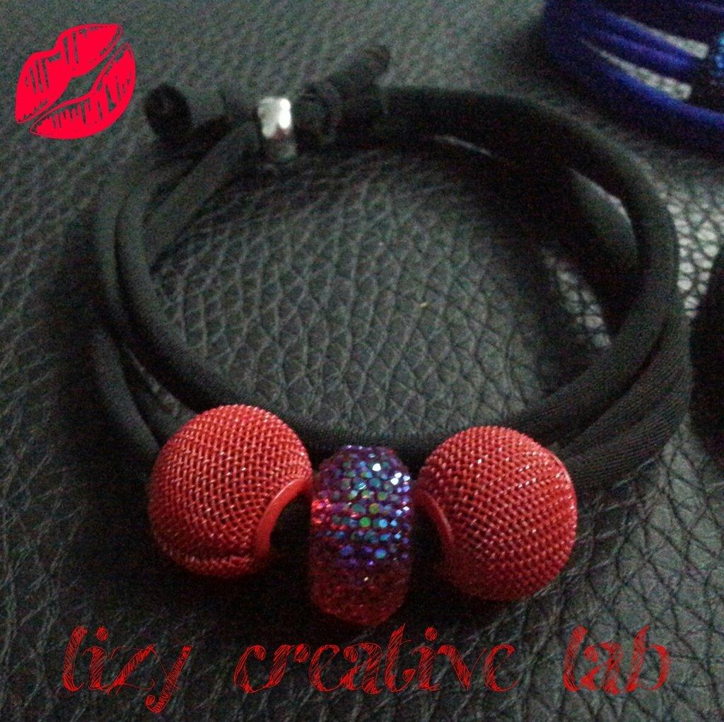 Bracciale fettuccia elastica nero/rosso