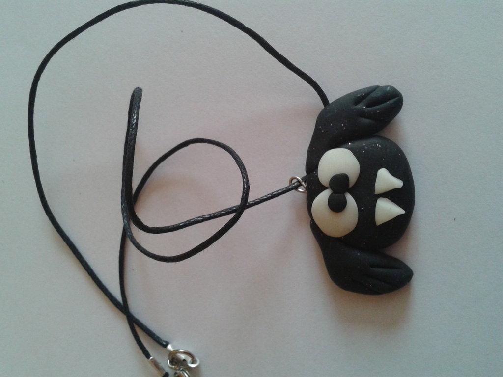 Collana pipistrello nero
