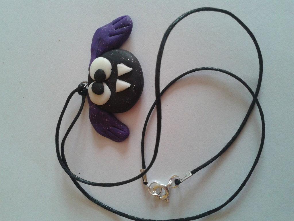 Collana pipistrello viola