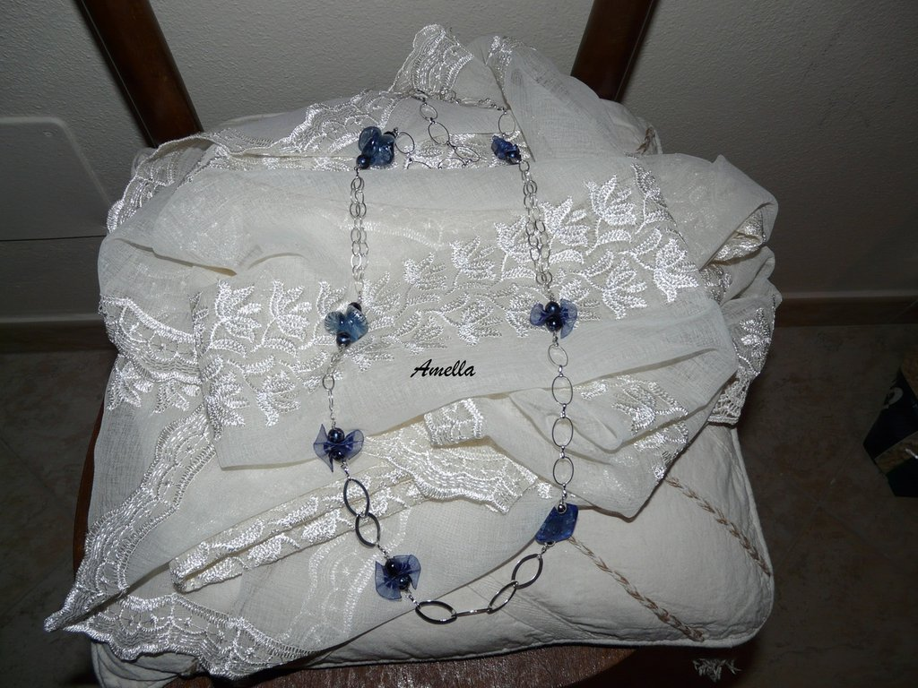 Collana Amelia Blu