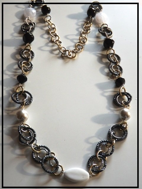 Collana black,gold & white