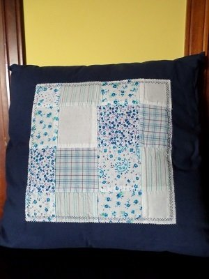 Cuscino stile patchwork.