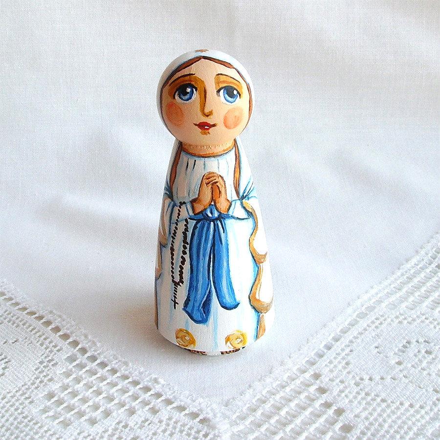 Nostra Signora di Lourdes Rosario Maria Vergine bambola statuetta figurina