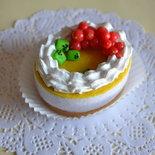 """Scatolina """"Semifreddo monoporzione"""" con panna e frutta fatta a mano"""