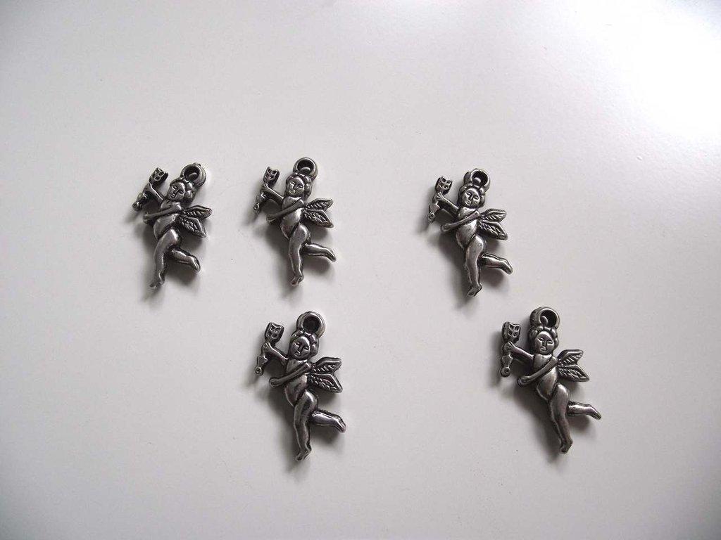 Charm cupido argentato 21 x18 mm