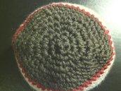 cappello unisex in lana a righe fatto a mano all'uncinetto C002