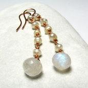 Orecchini lunghi, orecchini con perle, orecchini pietra di luna - Perla