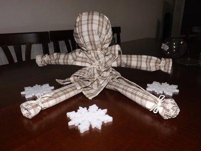 Idea regalo per Natale: bambolina fatta con gli strofinacci!!!