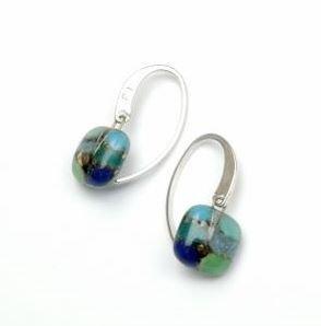 orecchino artigianale di vetro, gancio, 925 argento , appendere orecchino, fondendo