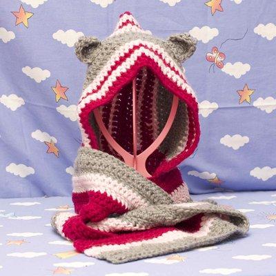 Sciarpa con cappuccio rosa