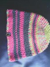 _cappello in lana  bambina colori fantasia fatto a mano all'uncinetto C005_