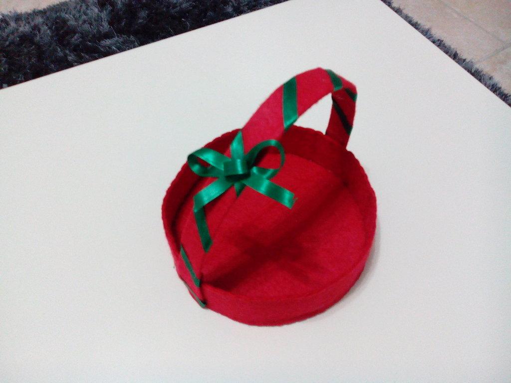 Cestino natalizio in pannolenci