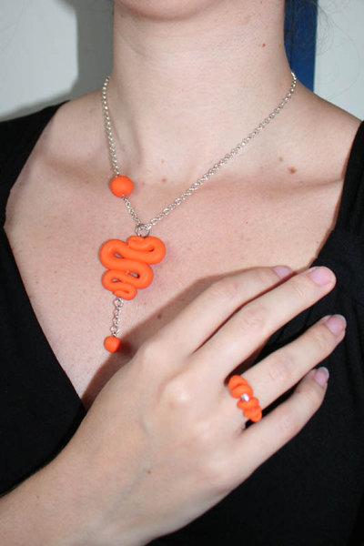 Parure collana - orecchini - anello in FIMO Arancione