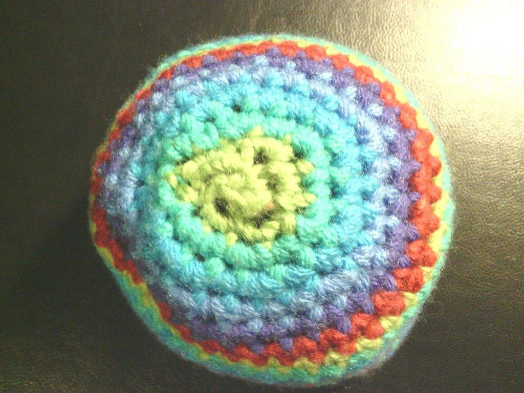 Cappello bambina bambino in lana a righe fatto a mano all'uncinetto C010