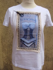t shirt con negligees