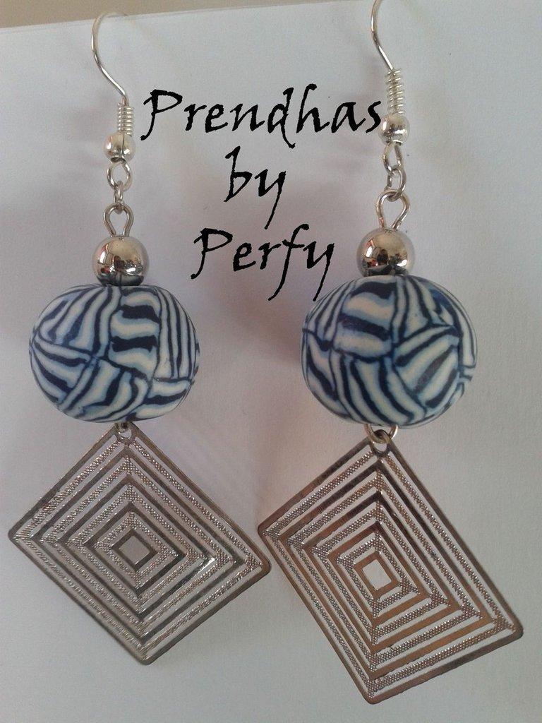 Orecchini con perle in Fimo e Rombi