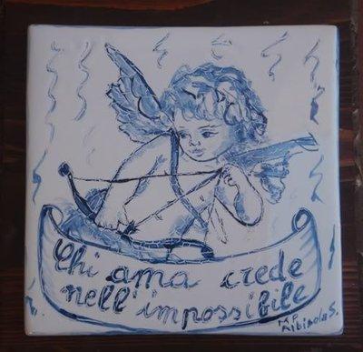 CUPIDO FRASE D'AMORE PIASTRELLA CERAMICA  ITALIAN CERAMIC