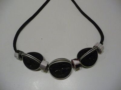 Coffee & paper necklace - Collana con cialde Nespresso e rotolini di carta