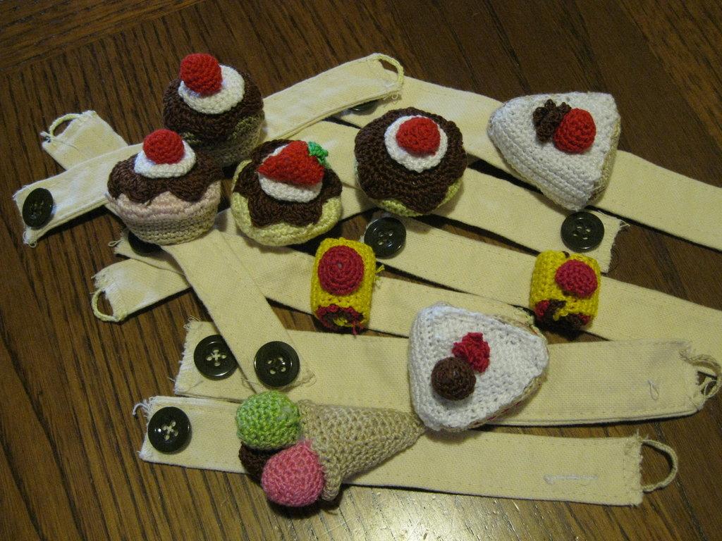 legatovaglioli dolci amigurumi