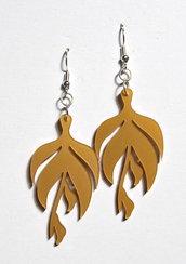 orecchini foglia oro in plexiglass Sofiaretrobazar