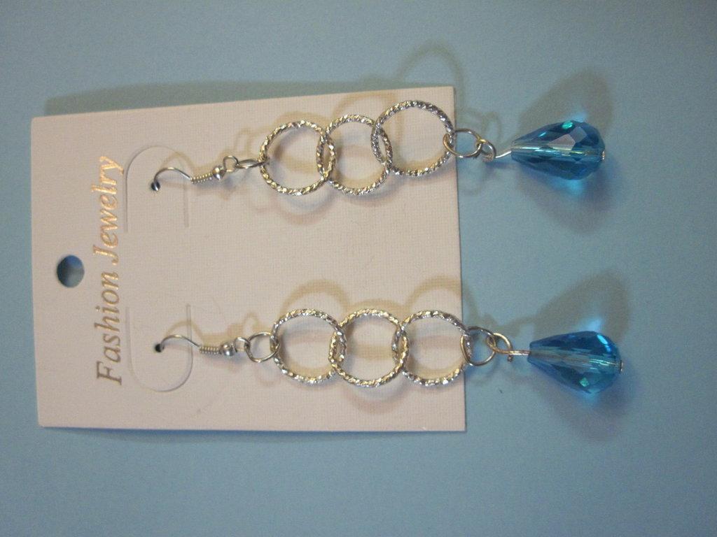 orecchini a pendente con gocce azzurre