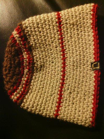_cappello uomo donna  ragazzo in lana color sabbia e marrone fatto a mano all'uncinetto C033