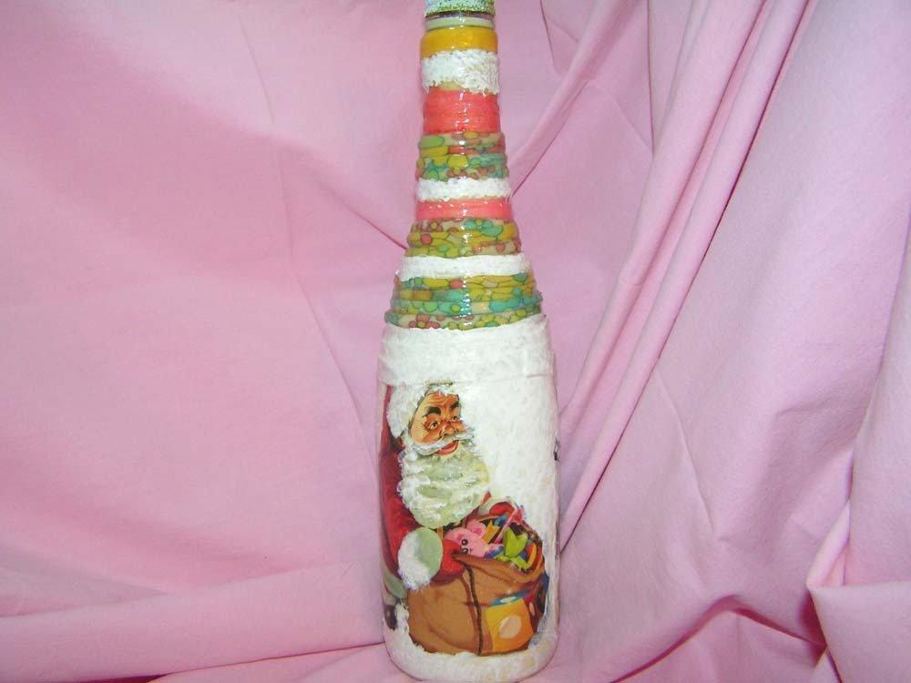 bottiglia con decori natalizi