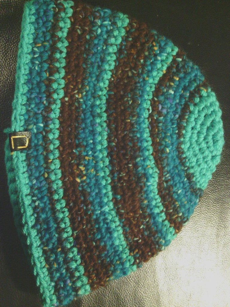 _cappello uomo donna  ragazzo in lana turchese marronne e verde acqua a righe  fatto a mano all'uncinetto C040