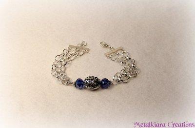 Bracciale con catena e cristalli azzurri/blu, decorazione effetto filigrana