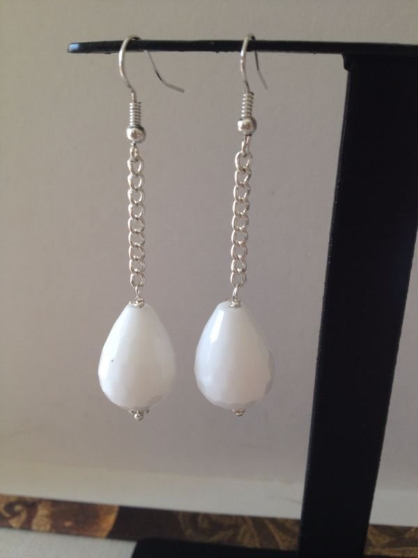 orecchini con pietre dure agata bianca