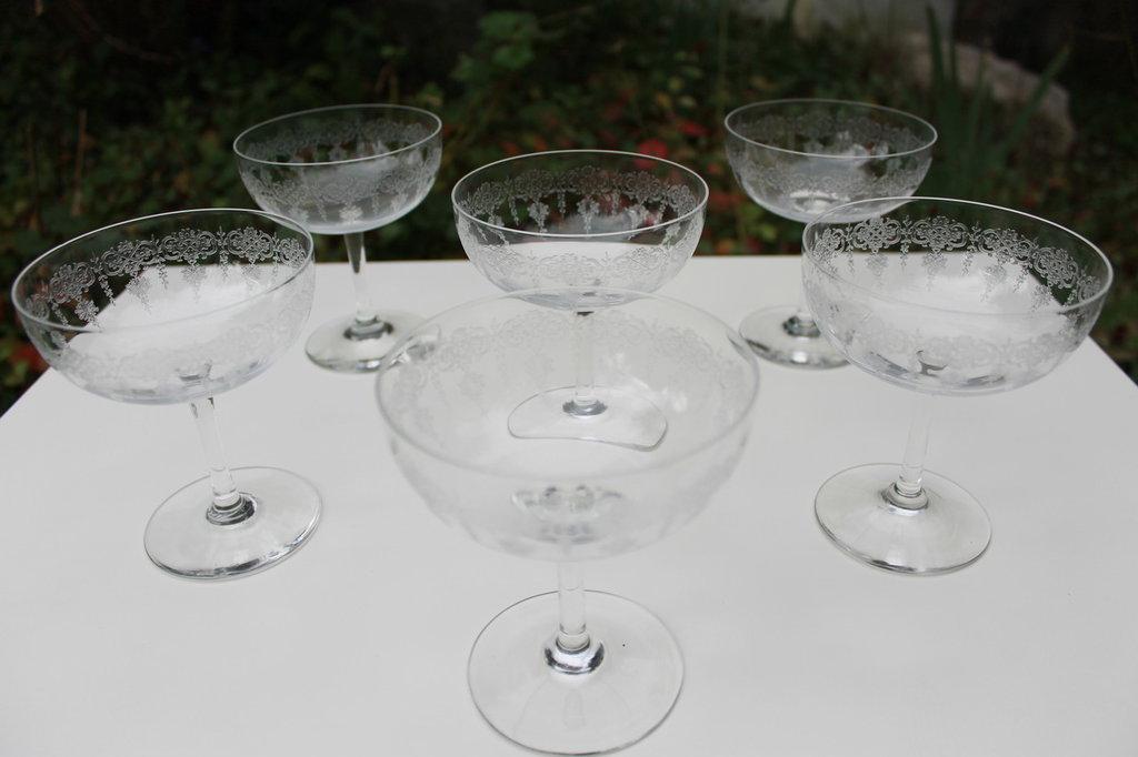 Coppe champagne in vetro lavorato vintage