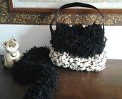 borsa all'uncinetto in fettuccia e lana con sciarpina coordinata