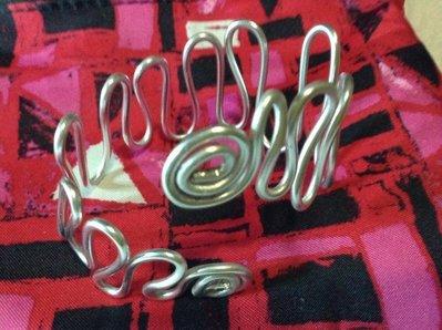 Bracciale wire alluminio regolabile