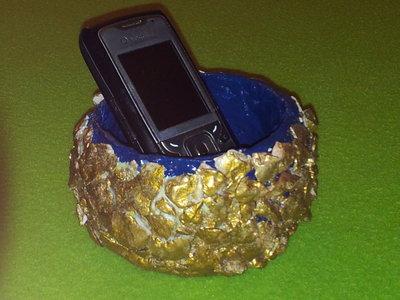 porta cellulare di carta e pietra