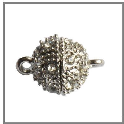 Chiusura magnetica in lega di zinco, placcato argento antico, con strass