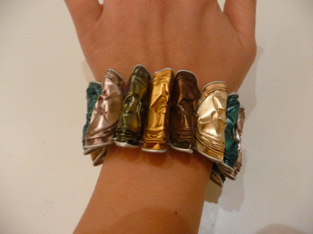 Coffee bracelet, bracciale in cialde riciclate Nespresso